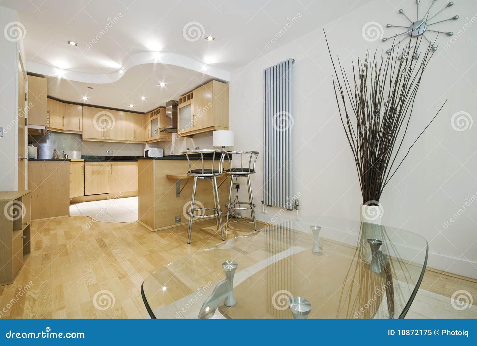 Cucina aperta di programma di rivestimento di legno for Cucina aperta
