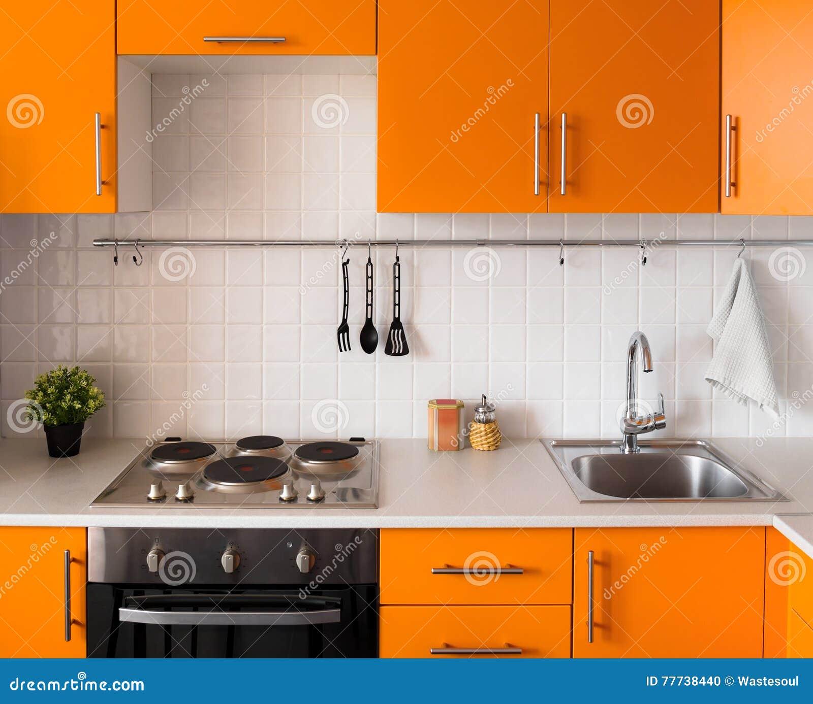 Cucina Moderna Arancione.Cucina Arancione Moderna Fotografia Stock Immagine Di