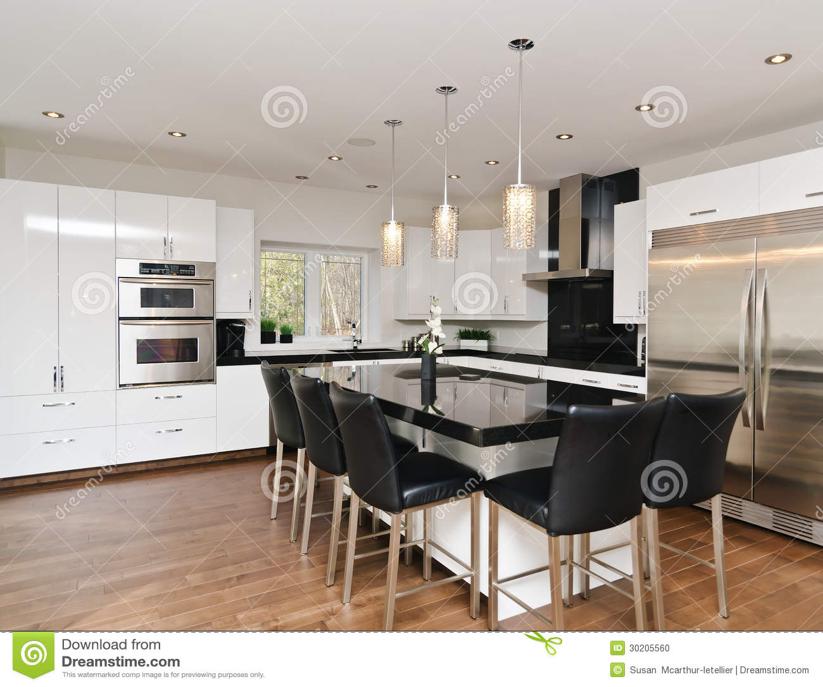 Pavimenti per cucina moderna piastrelle per cucina for Pavimenti da cucina moderna