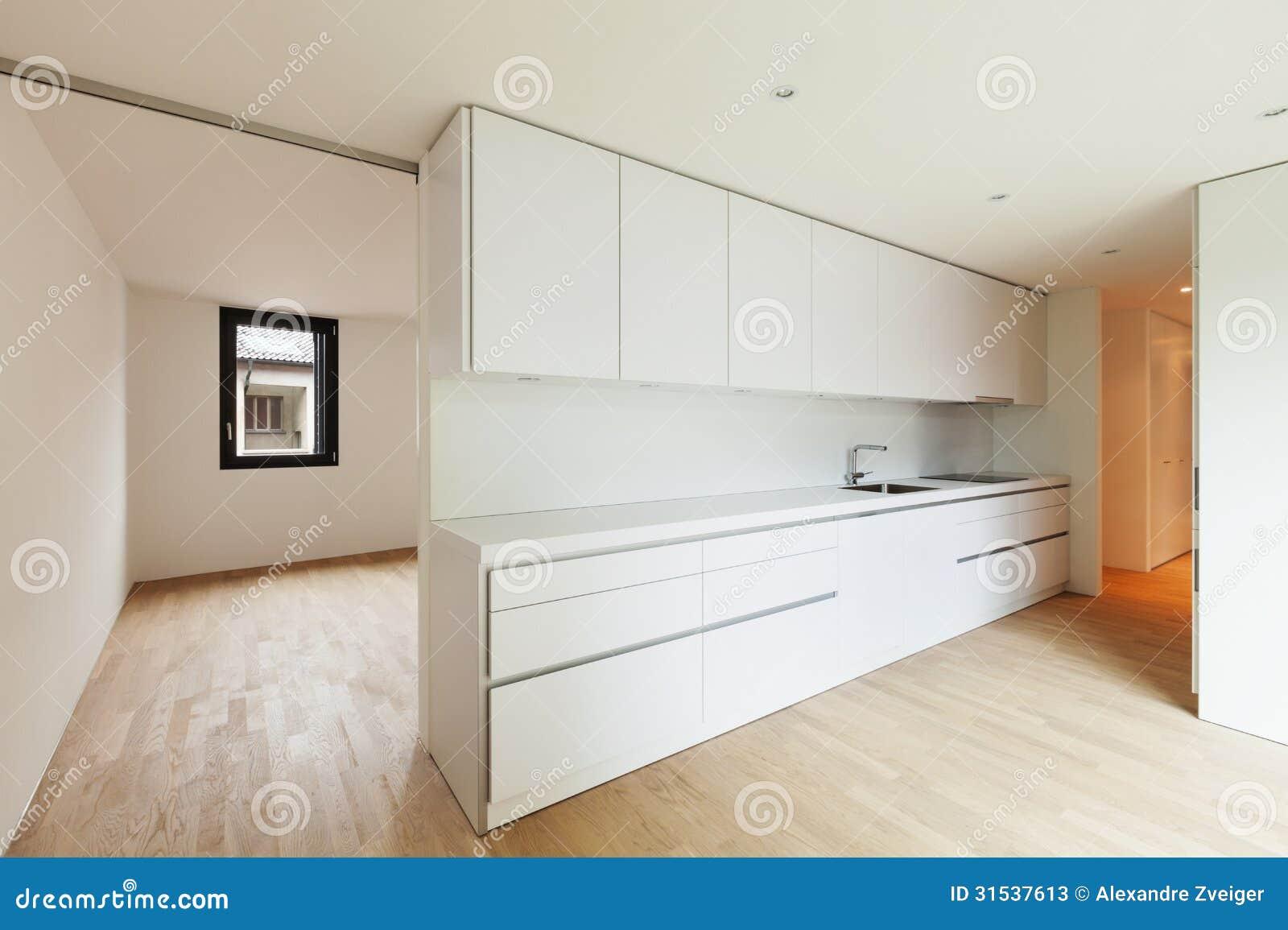 Cucina bianca moderna immagine stock immagine di spazio 31537613 - Cucina moderna bianca ...