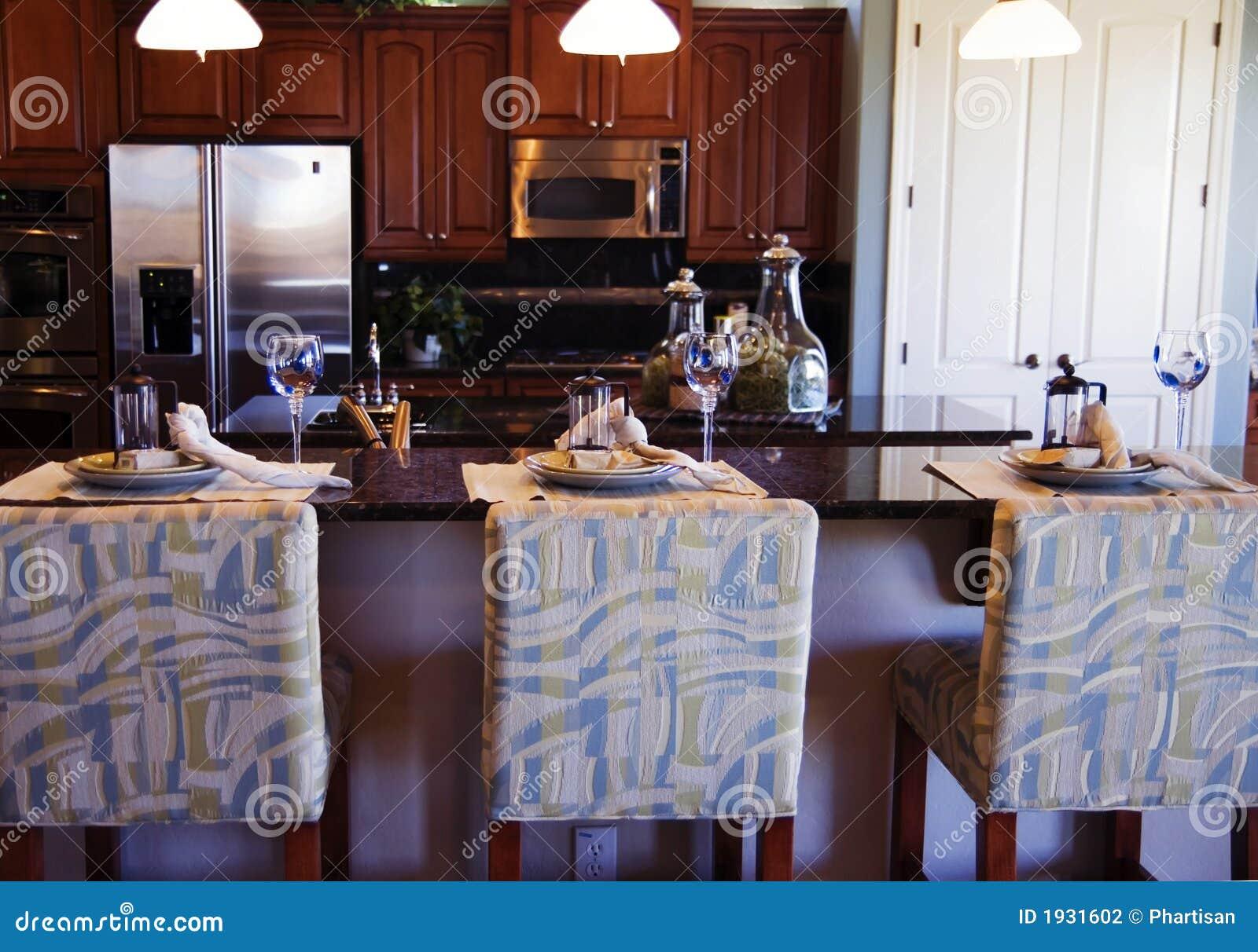 Cucina di lusso fotografia stock immagine di - Cucina di lusso ...