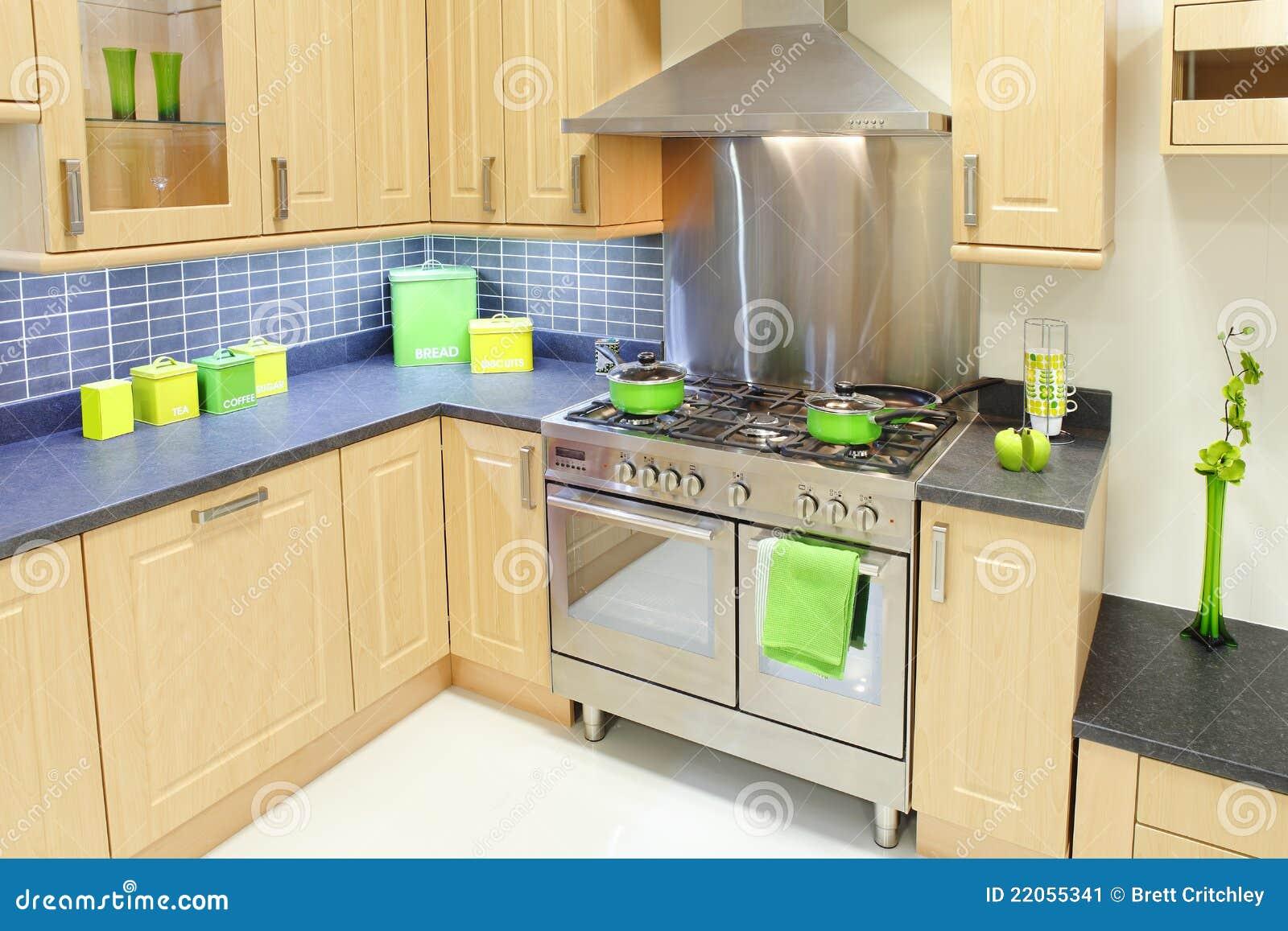 Cucina domestica di disegno immagine stock immagine for Disegno cucina