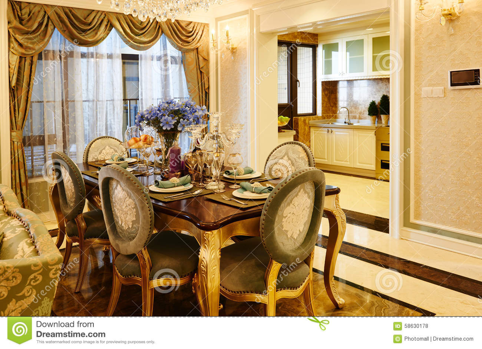 Cucina E Sala Da Pranzo Di Lusso Fotografia Stock Editoriale ...