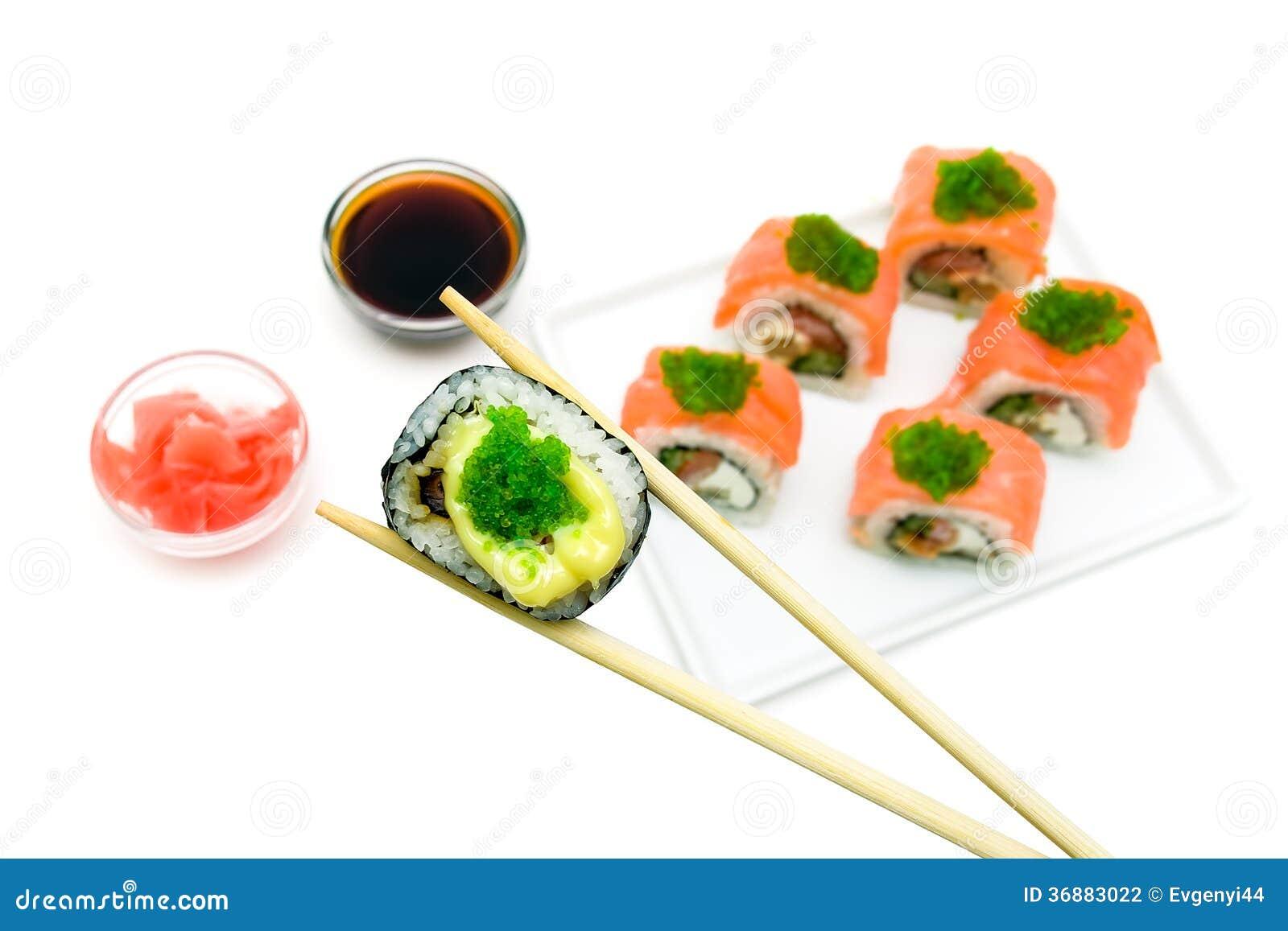 Download Cucina Giapponese - Rotoli Su Fondo Bianco Fotografia Stock - Immagine di pasto, zenzero: 36883022