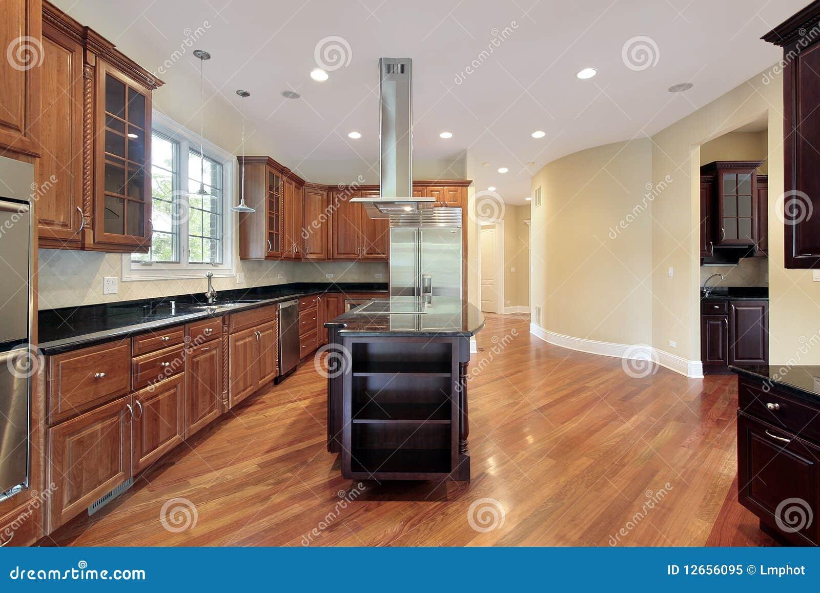 Cucina nella casa della nuova costruzione immagine stock for Aiuto nella progettazione della casa