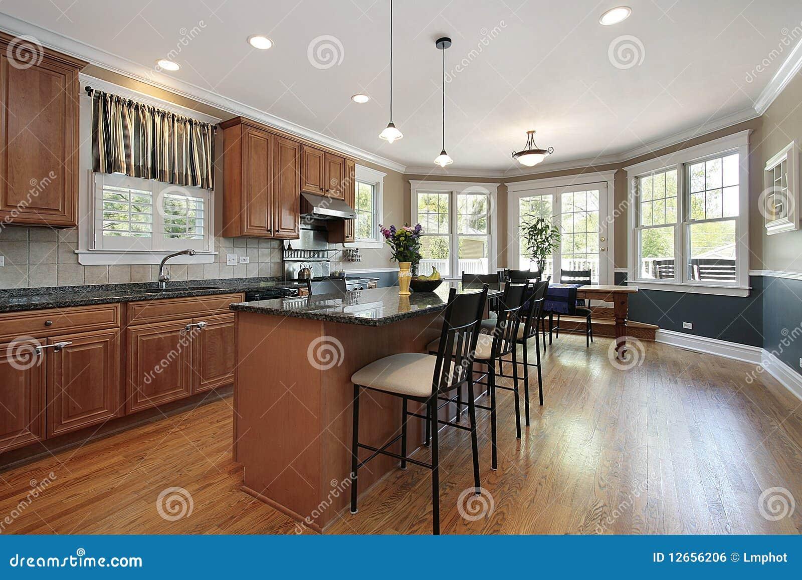 Cucina nella casa di lusso fotografia stock immagine di for Casa lusso