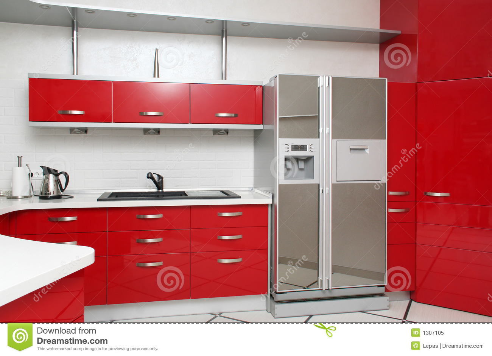 Cucina rossa fotografia stock libera da diritti immagine - Cucina moderna rossa ...