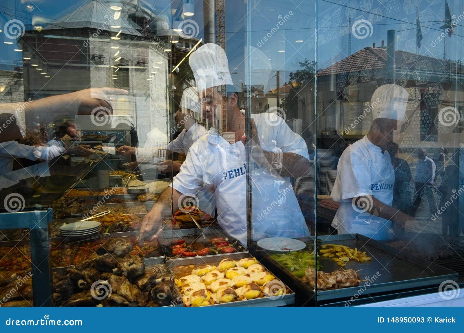 Cucina turca in caffè del buffet dell alimento