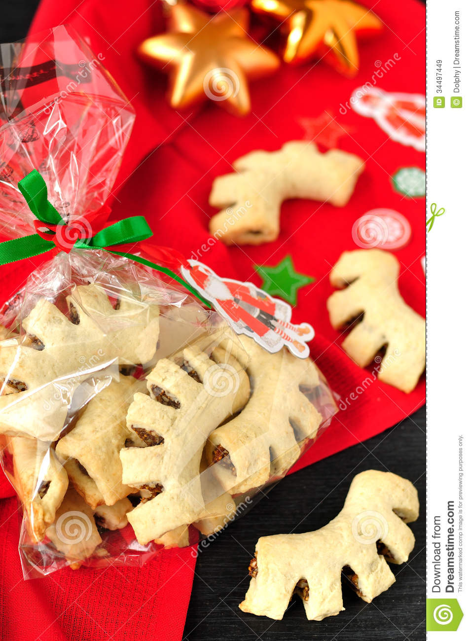 download cuddureddi sicilian christmas cookies stock image image of fruit biscuits 34497449