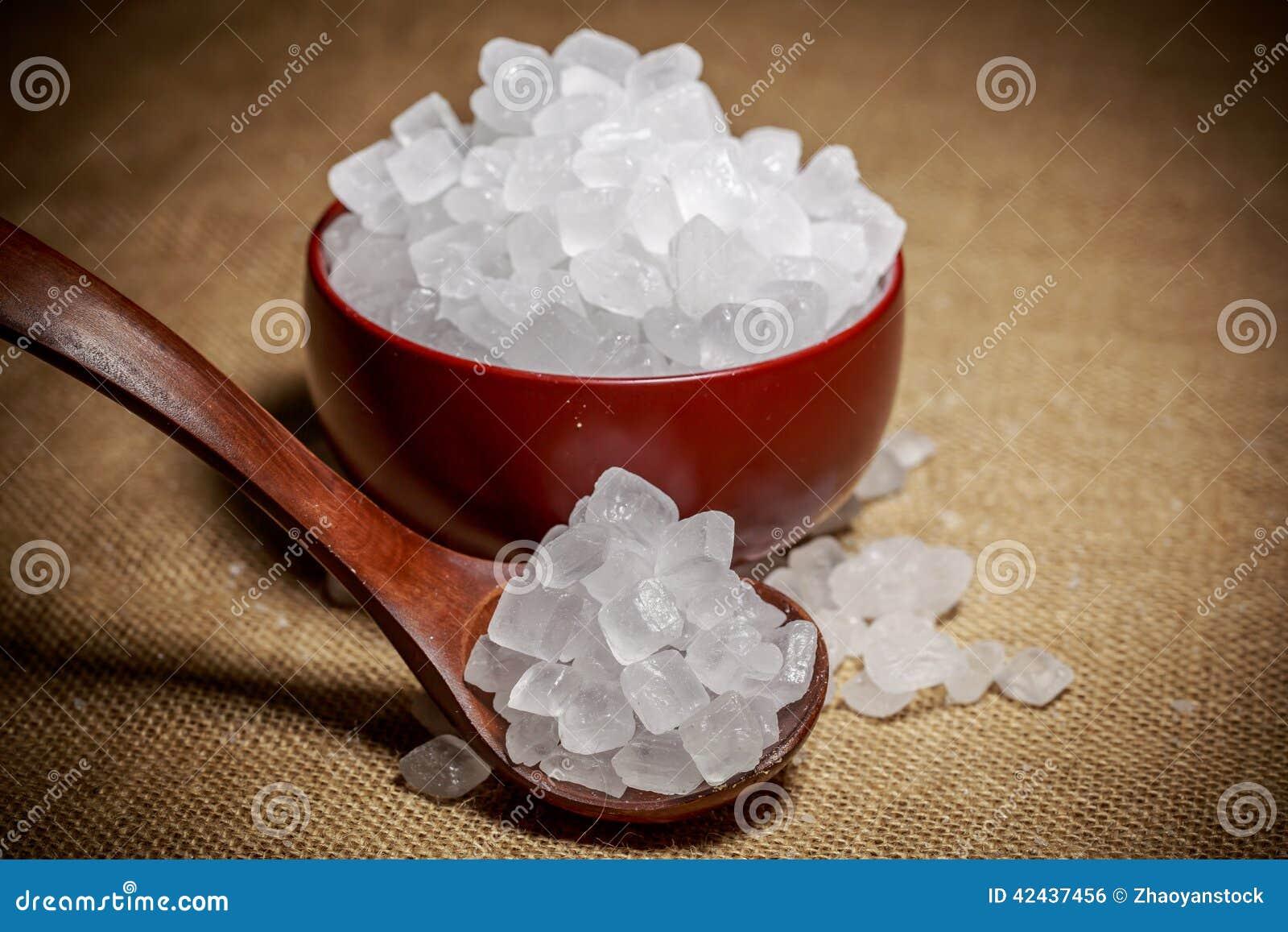 Cuenco de azúcar blanco de la roca