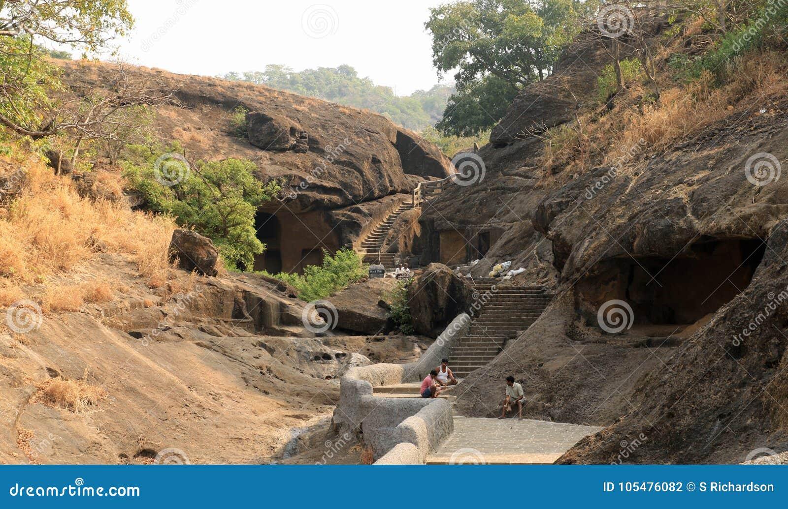 Cuevas de Kanheri de la cueva 2