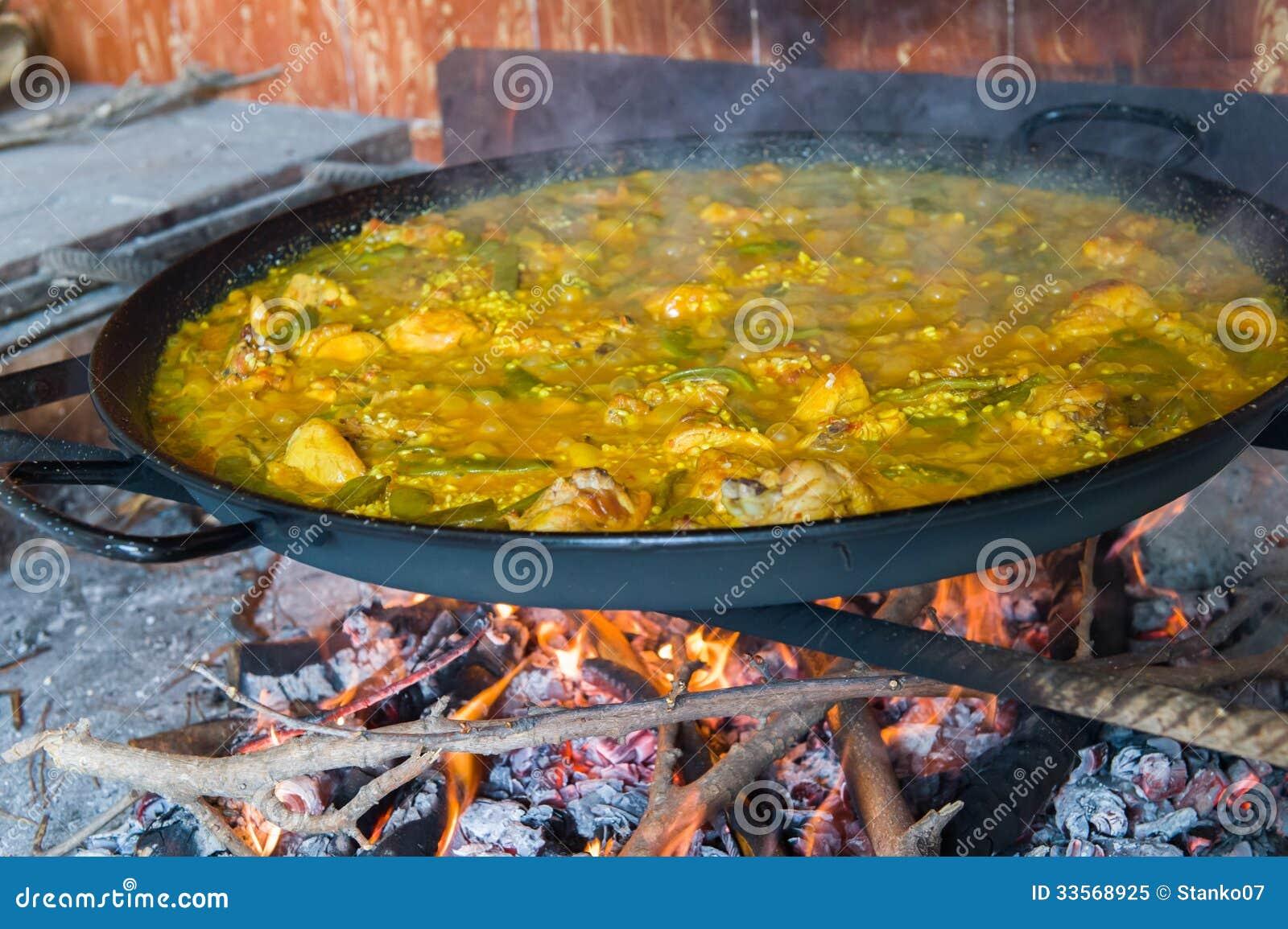 Cuire la Paella à la vapeur