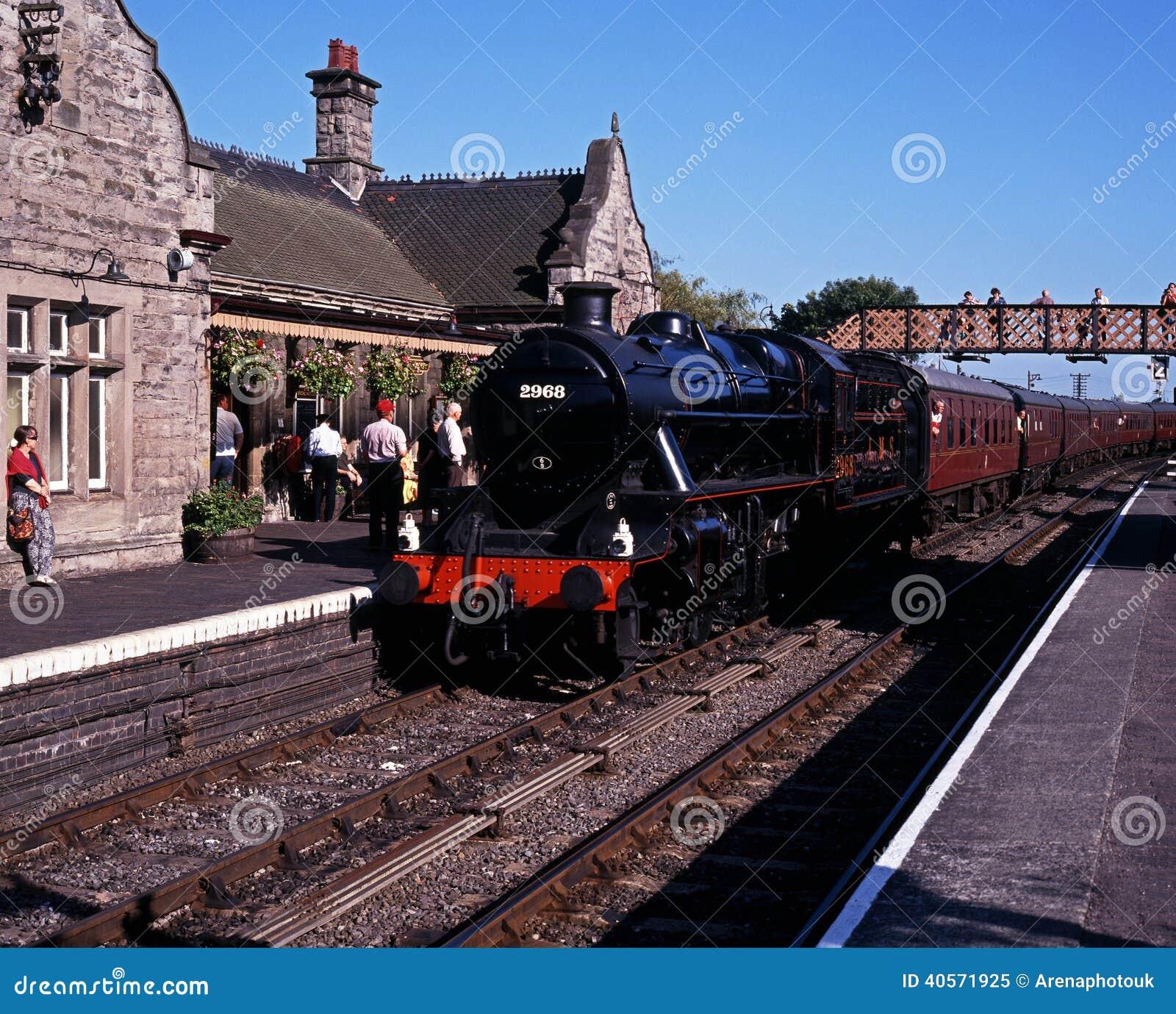 cuisez le train la vapeur dans la station bridgnorth r. Black Bedroom Furniture Sets. Home Design Ideas