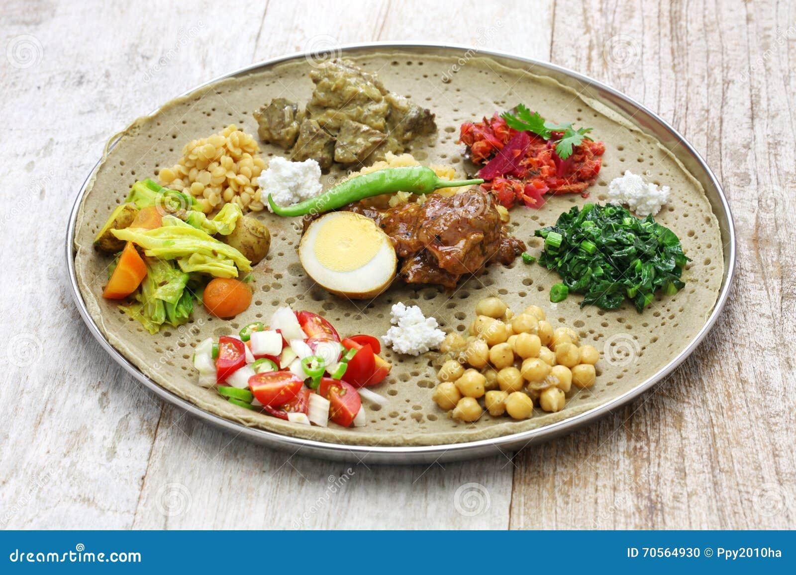Cuisine éthiopienne Photo Stock Image Du Plaque éthiopien - Cuisine ethiopienne