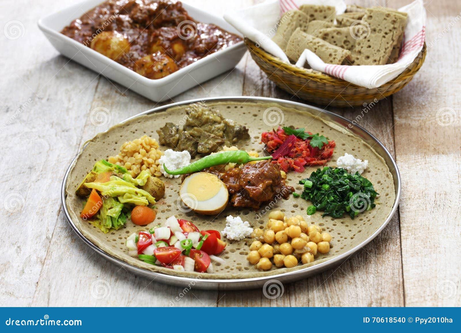 Recettes éthiopiennes Injera Mesir Wat Iab Et Salade De
