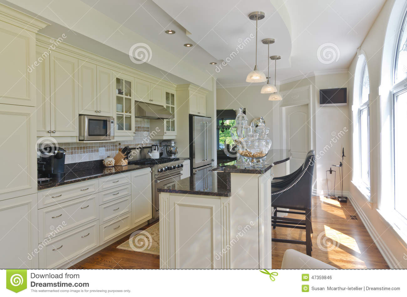 Cuisine Blanche Contemporaine Moderne Photo Stock Image 47359846