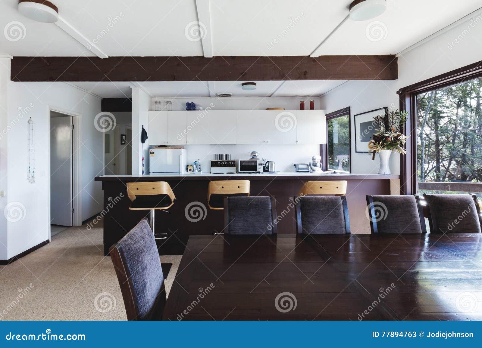 Salle A Manger Retro cuisine et salle à manger de rétro maison de plage géniale