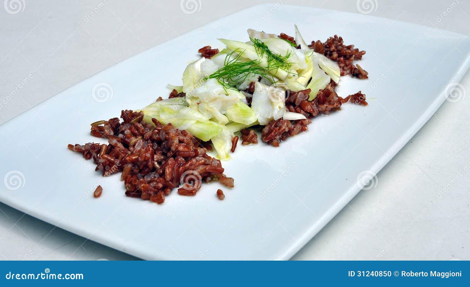 Cuisine gastronomique salade rouge de riz et de morue for Cuisine gastronomique