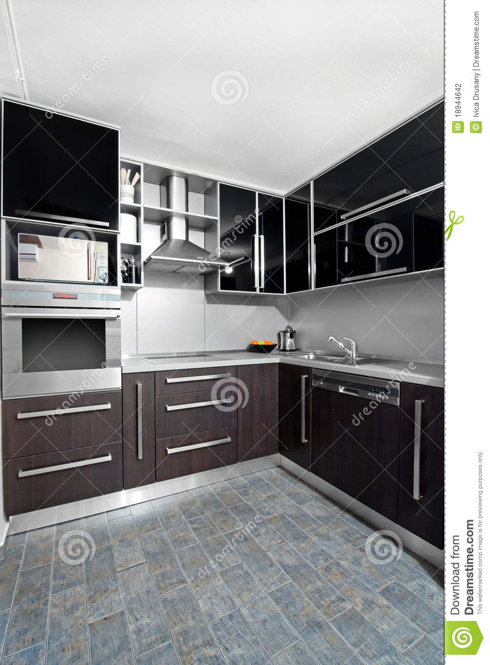 cuisine moderne dans des couleurs de noir et de wenge photo stock image du d coration cuisine. Black Bedroom Furniture Sets. Home Design Ideas