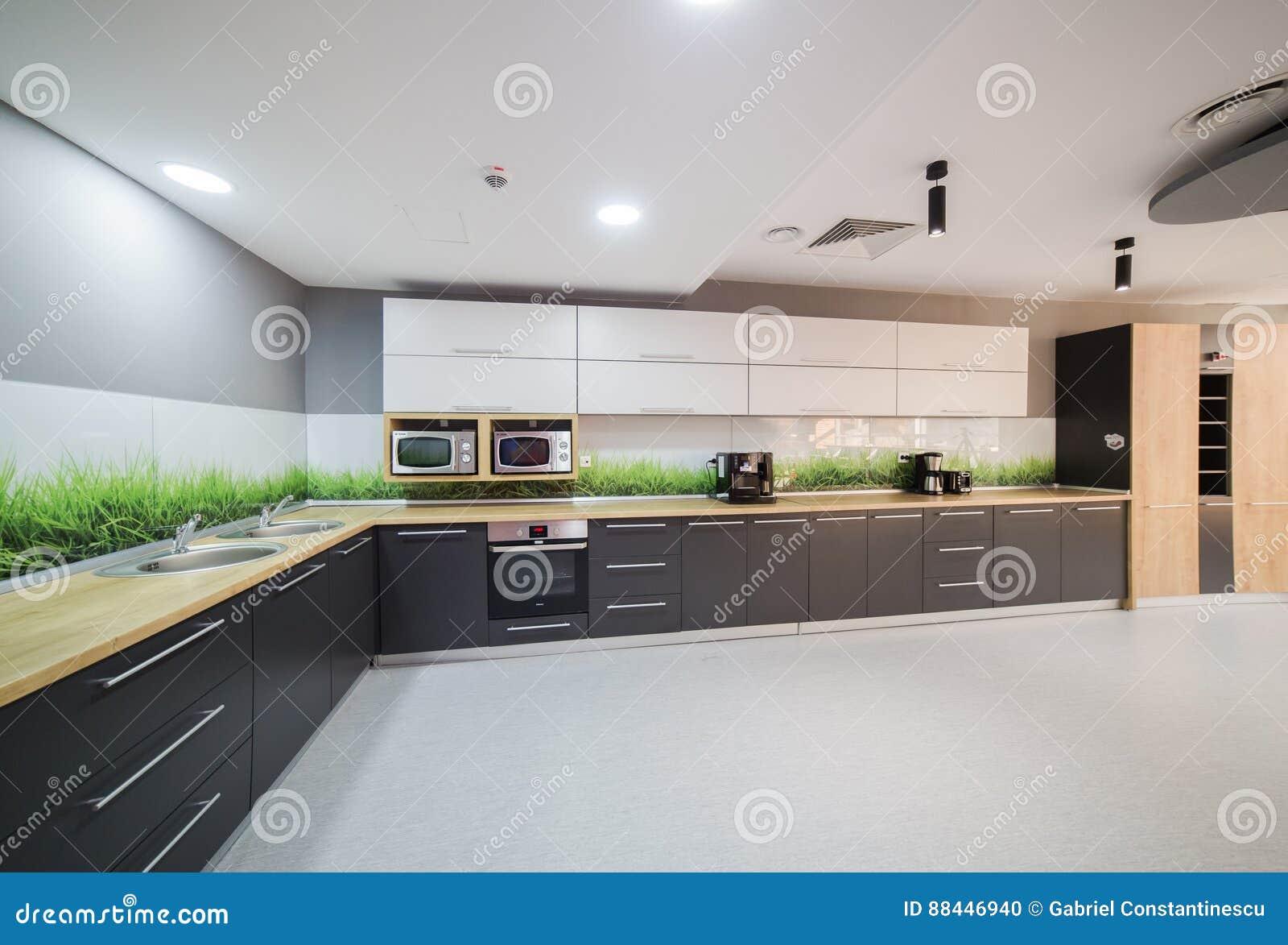 Cuisine moderne dans l immeuble de bureaux photo stock image du