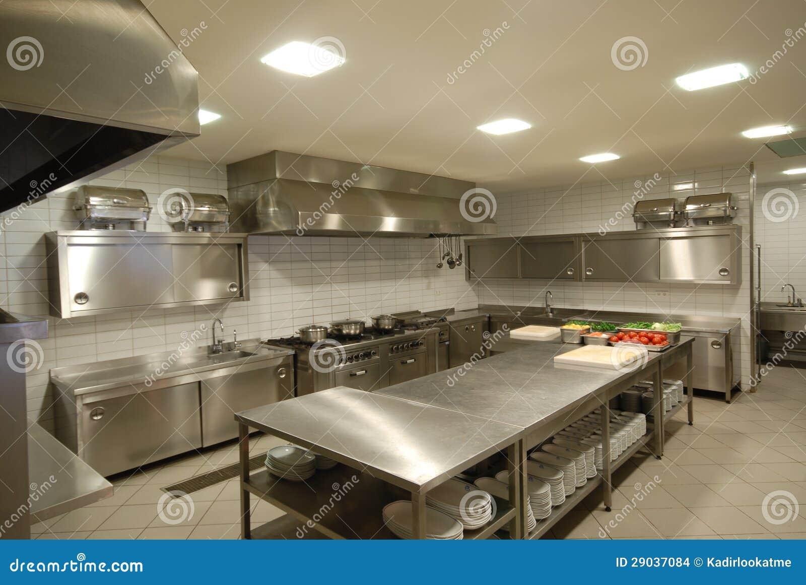 Cuisine moderne dans le restaurant images stock image for Conception de cuisine professionnelle