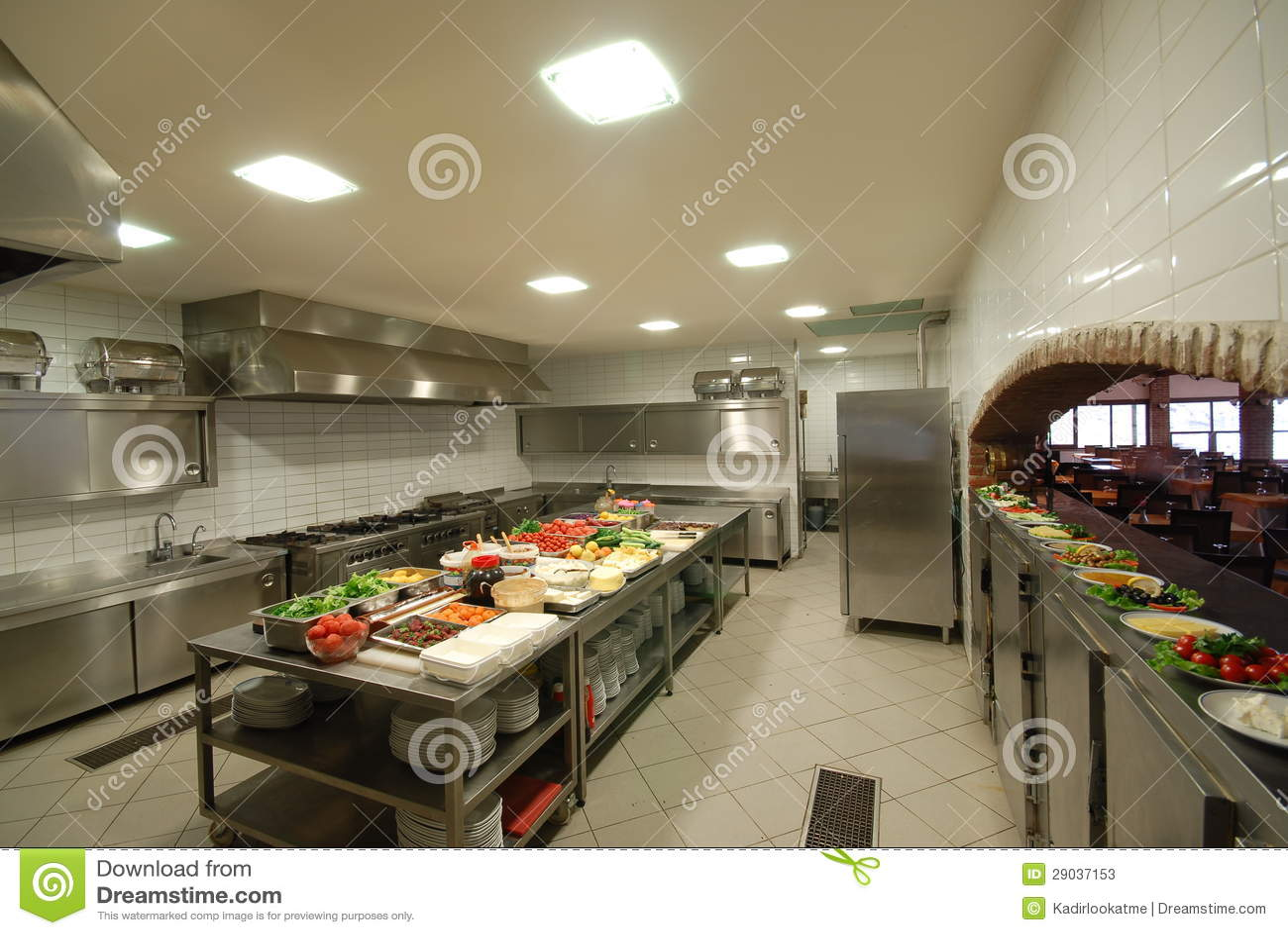 Cuisine moderne dans le restaurant photos stock image 29037153 for Moda le cuisine moderne