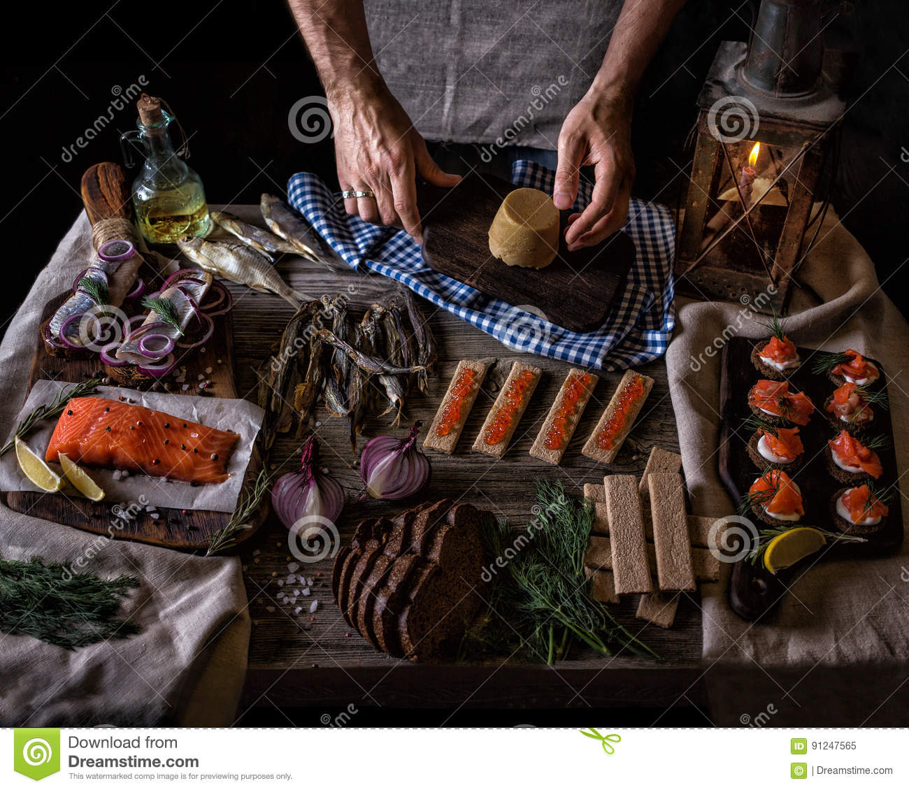 cuisine norvégienne traditionnelle photo stock - image: 91247565