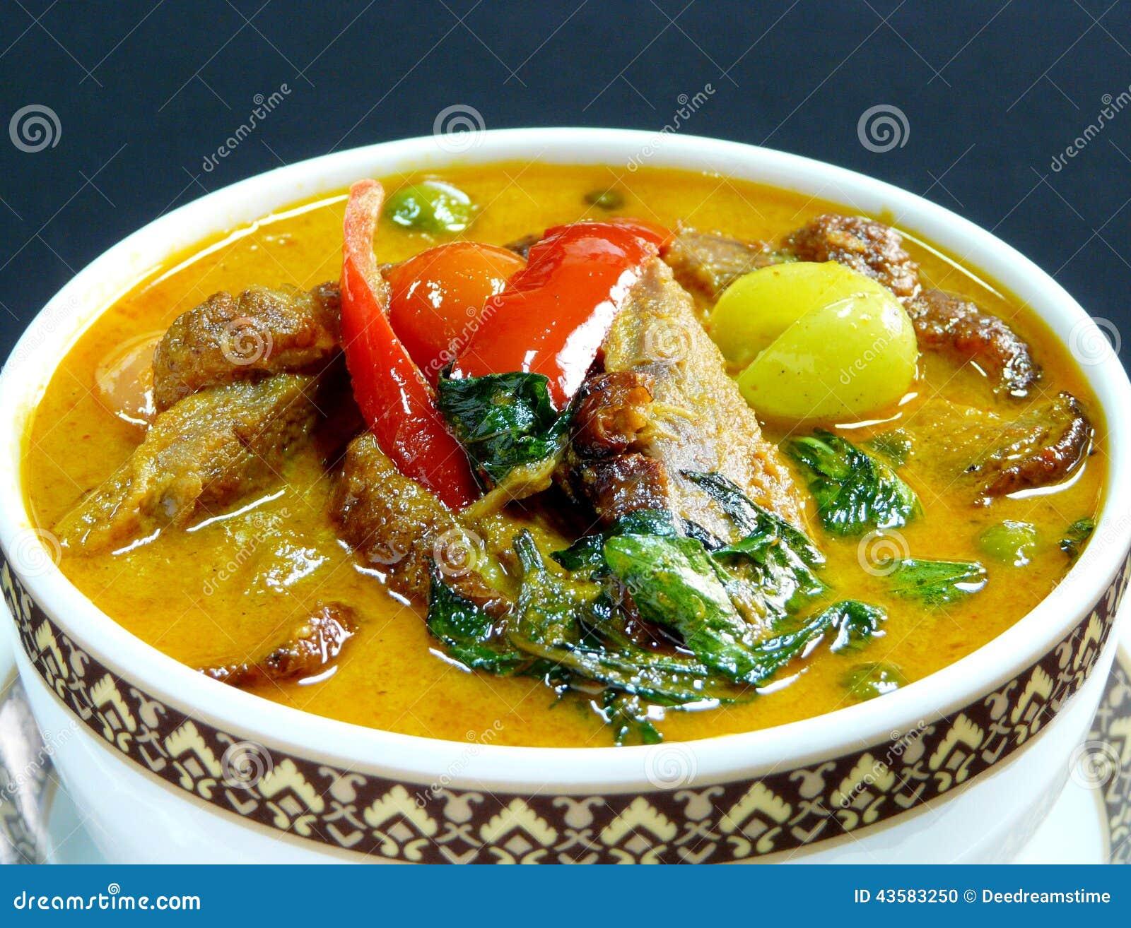 Cuisine Thailandaise Cari Rouge Avec Le Canard De Roti Photo Stock