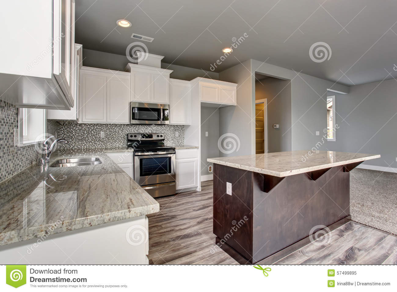 cuisine unique avec le plancher en bois dur gris image stock image 57499895. Black Bedroom Furniture Sets. Home Design Ideas