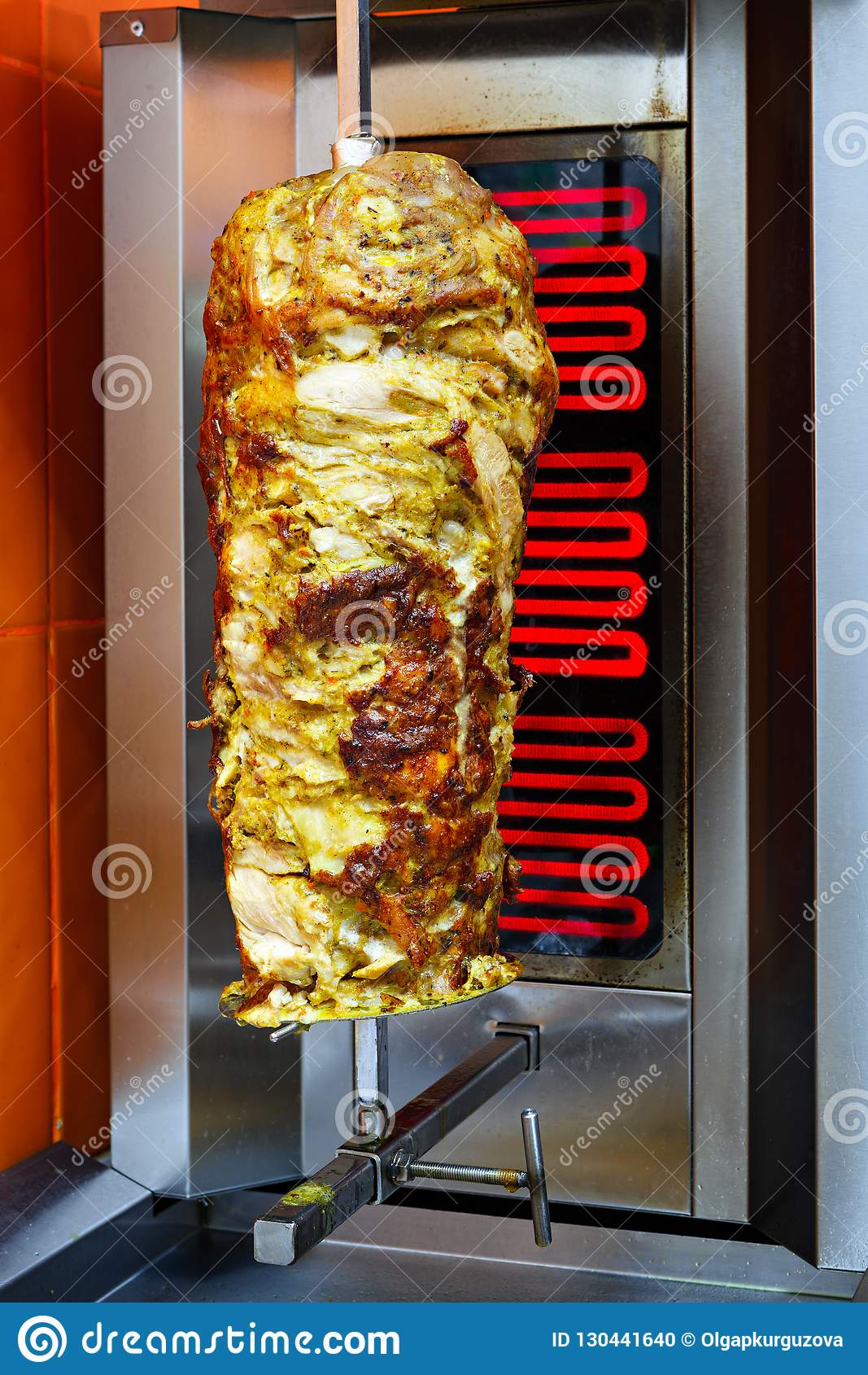 Cuisson de la viande pour le shawarma