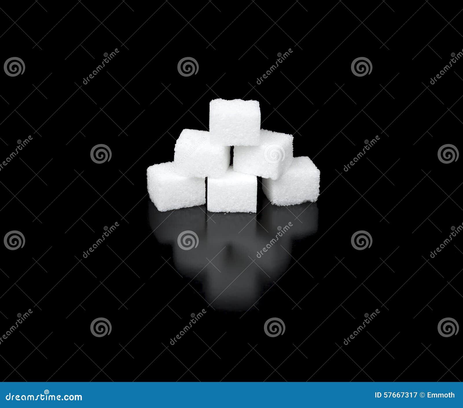Cukrowi sześciany w ostrosłupie