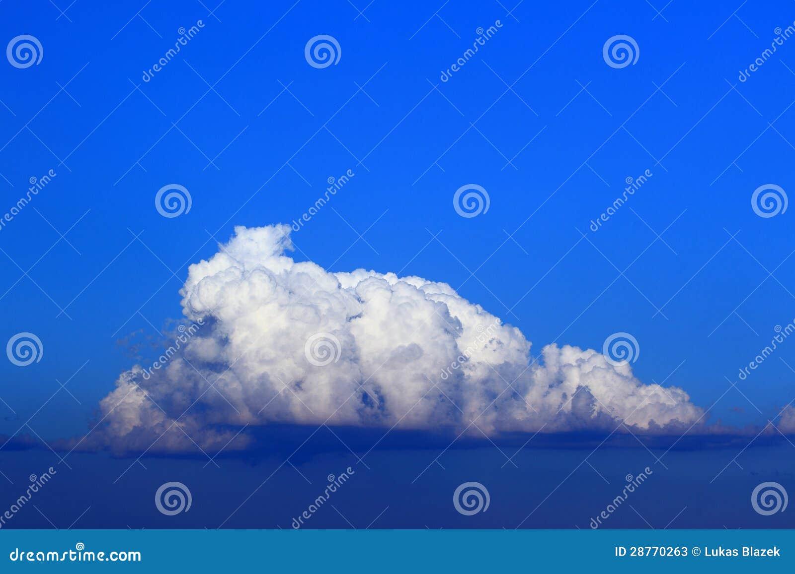 Cumulus trés haut