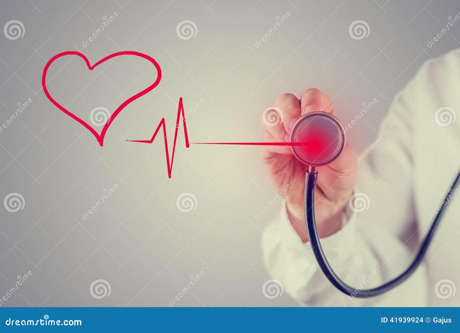 Cuore e concetto sani di cardiologia
