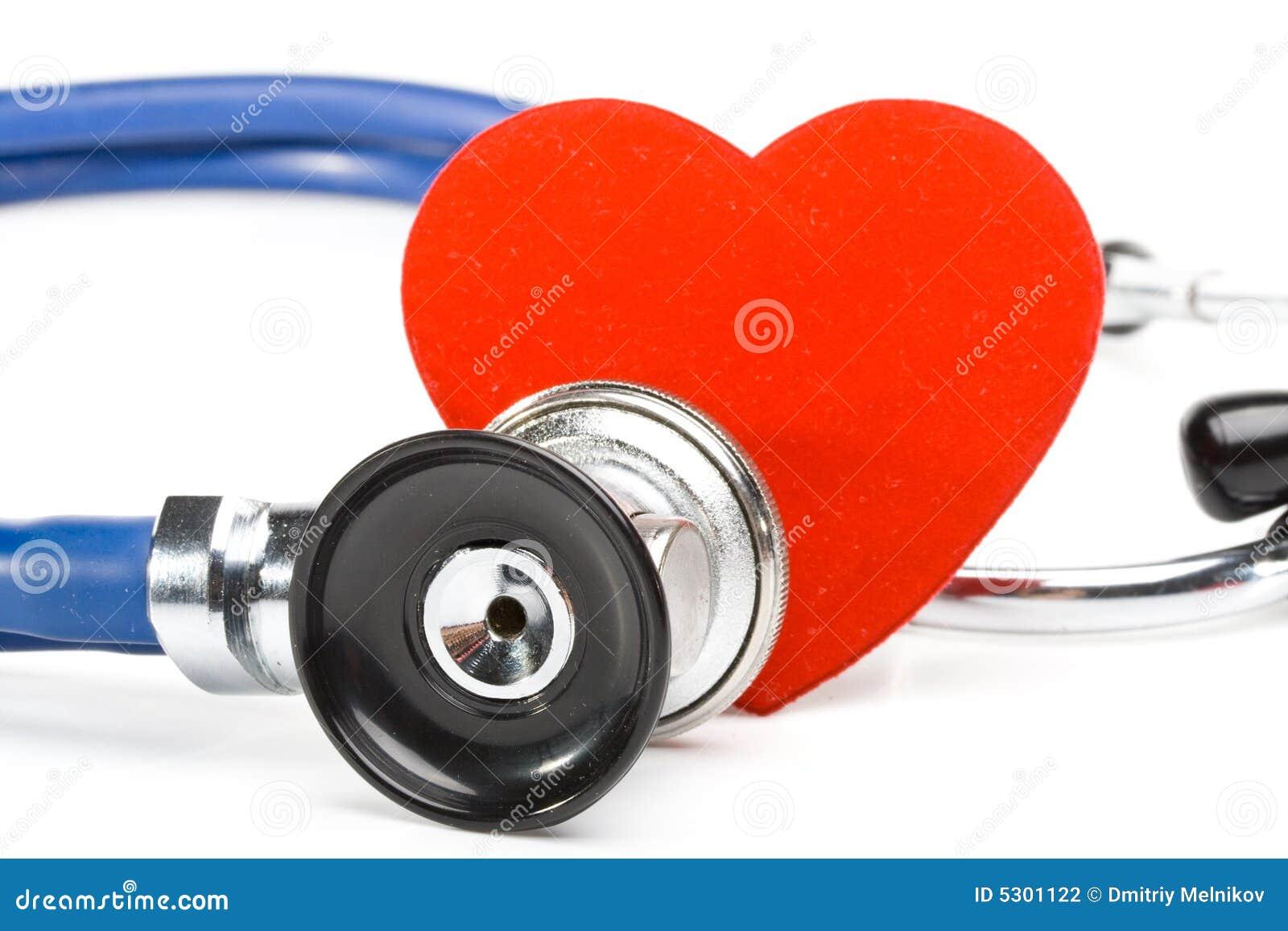 Download Cuore e uno stetoscopio fotografia stock. Immagine di nursing - 5301122