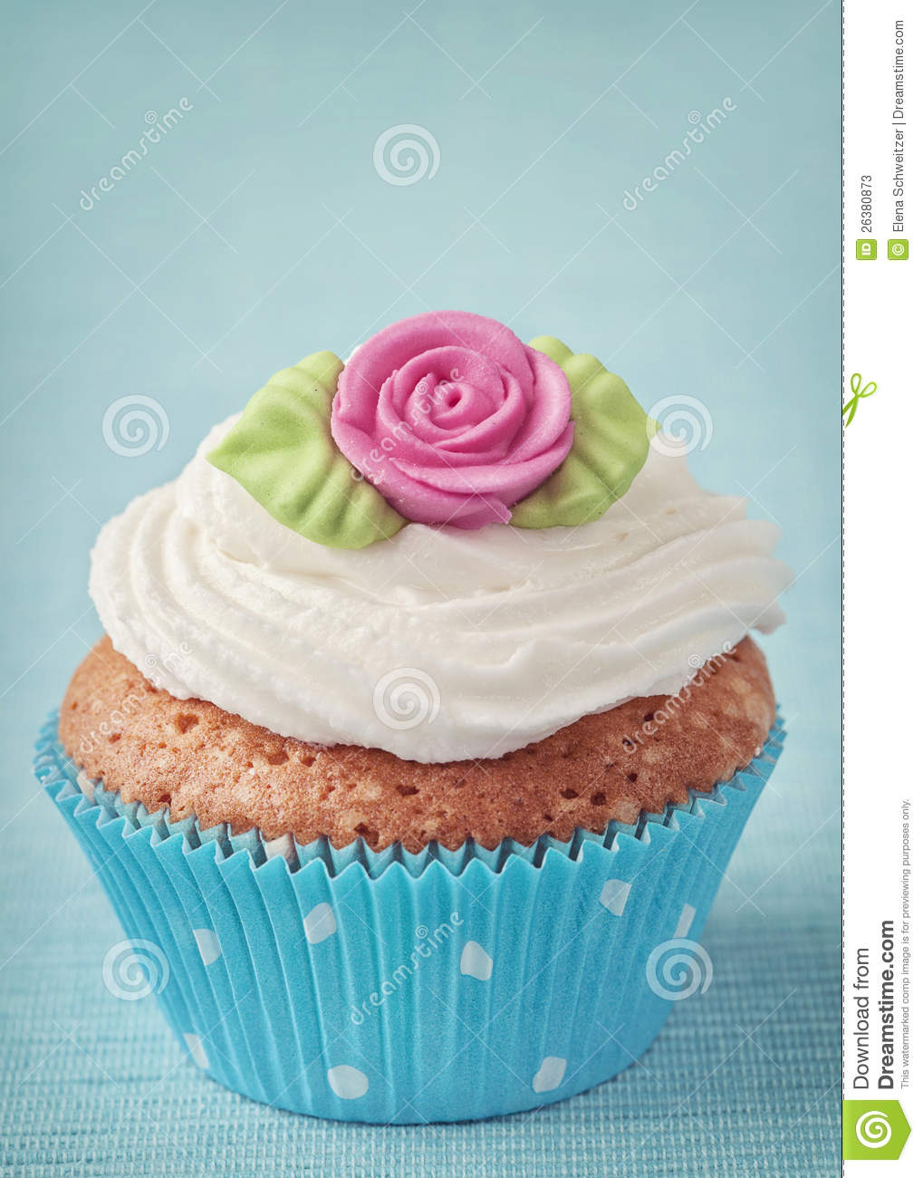 Cup Cake Stock Photos - Image: 26380873