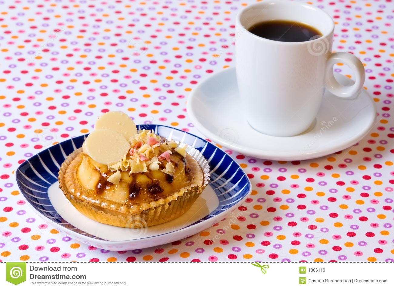 Cup Cake And Coffee Stock Photo - Image: 1366110