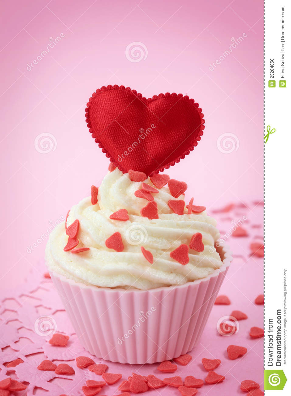 Heart Shaped Cake Stock Photos : Cup Cake With Heart Shaped Decoration Stock Photo - Image ...