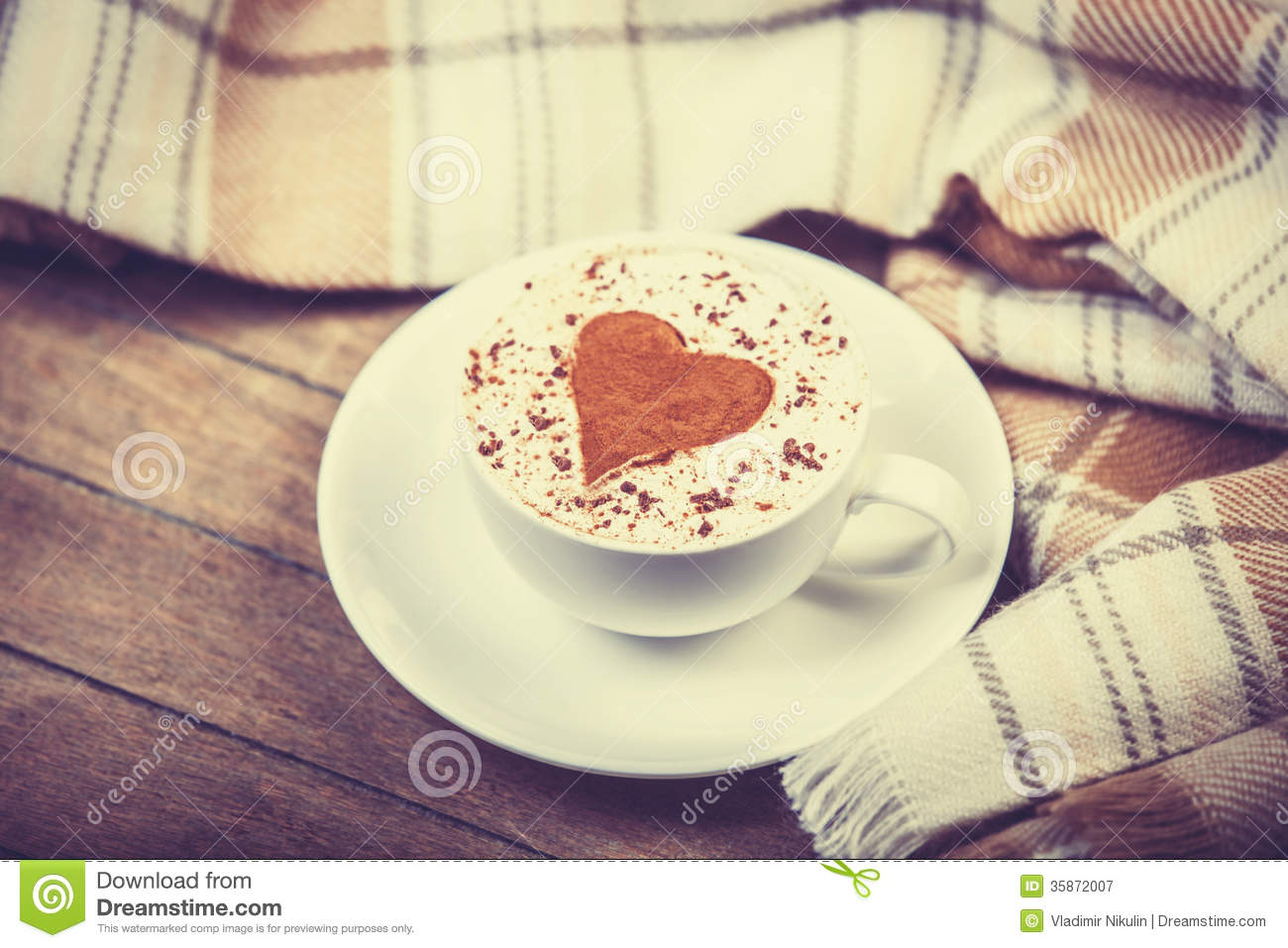 Cup With Coffee And Scarf Royalty Free Stock Photography