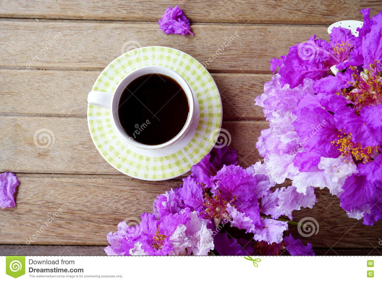 Cup Of Coffee With Spring Purple Flower On Wooden ...
