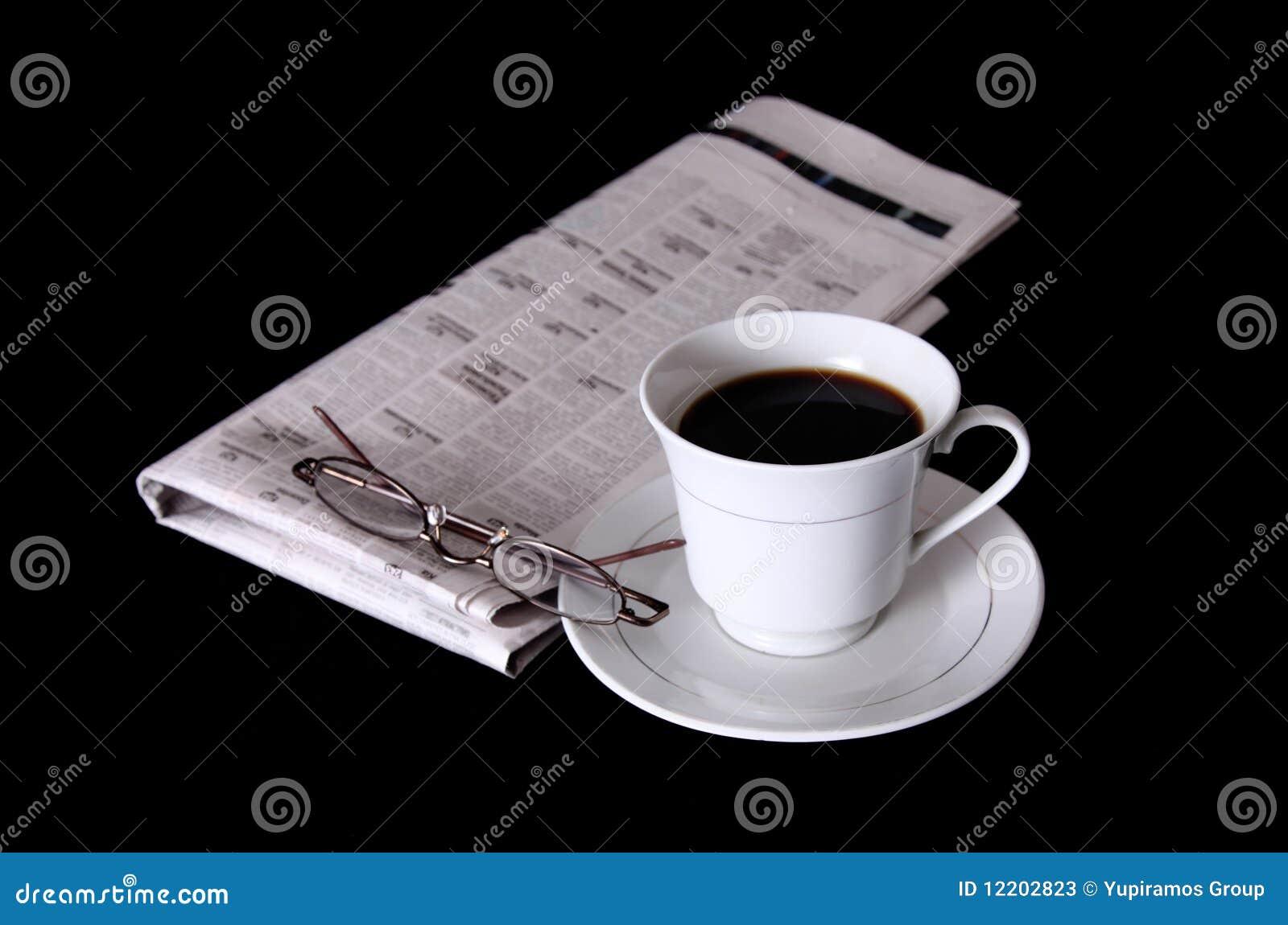 Cup und Zeitung