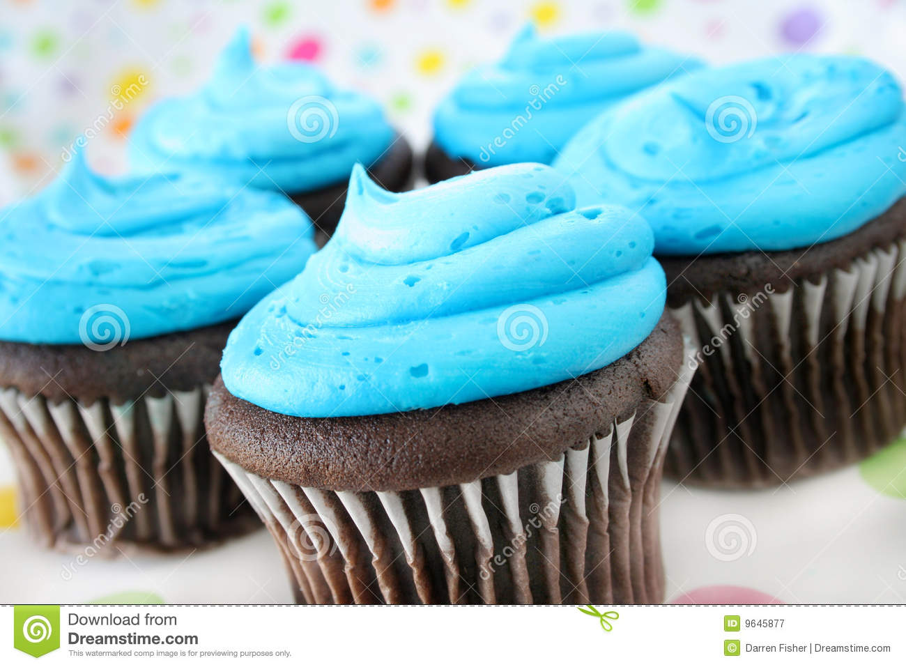 blue icing cupcakes