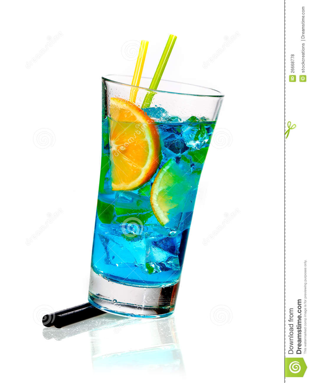 Curacao Cocktail With Orange Royalty Free Stock Photos