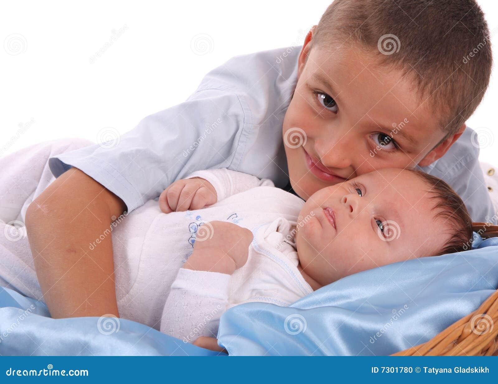 Cure del fratello maggiore del bambino 2