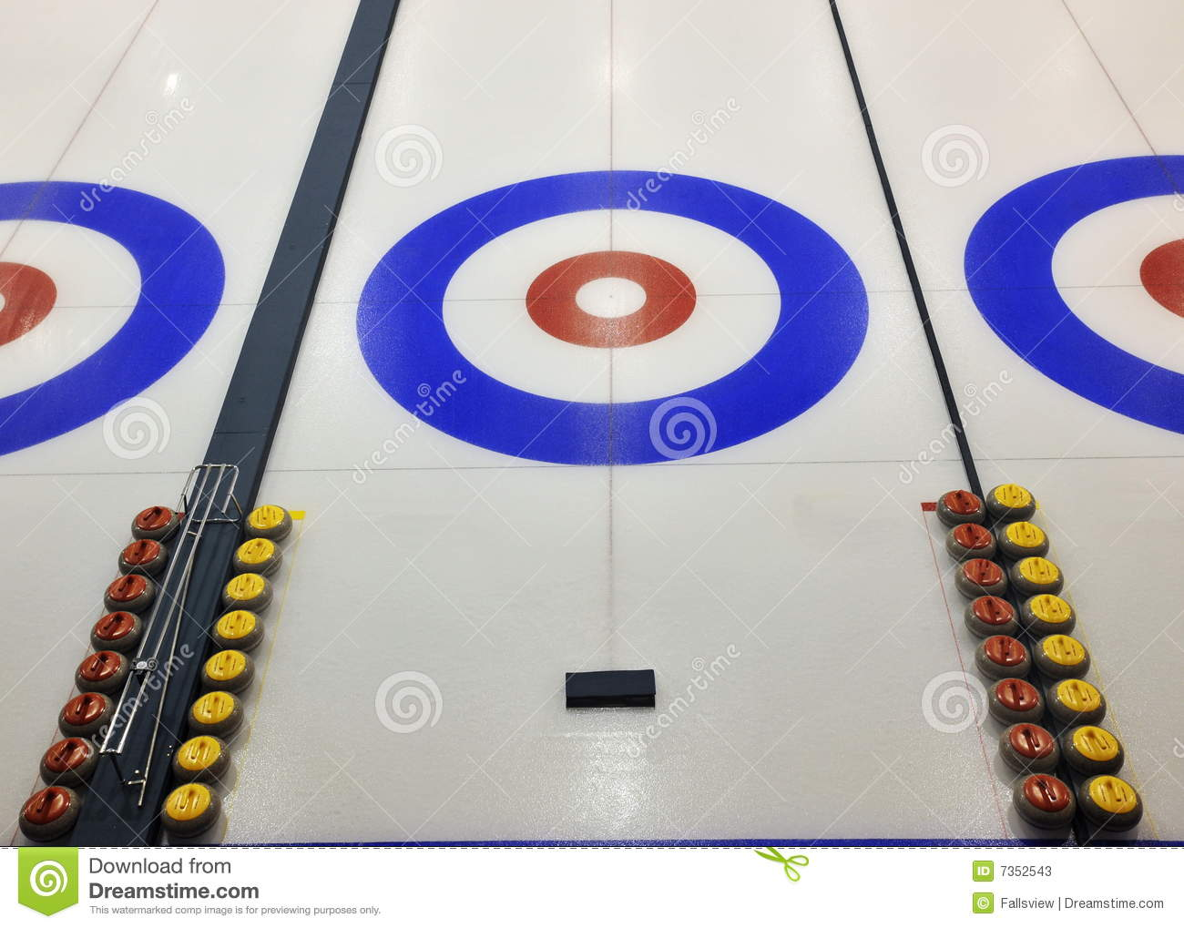 Curling Stock Photos Image 7352543