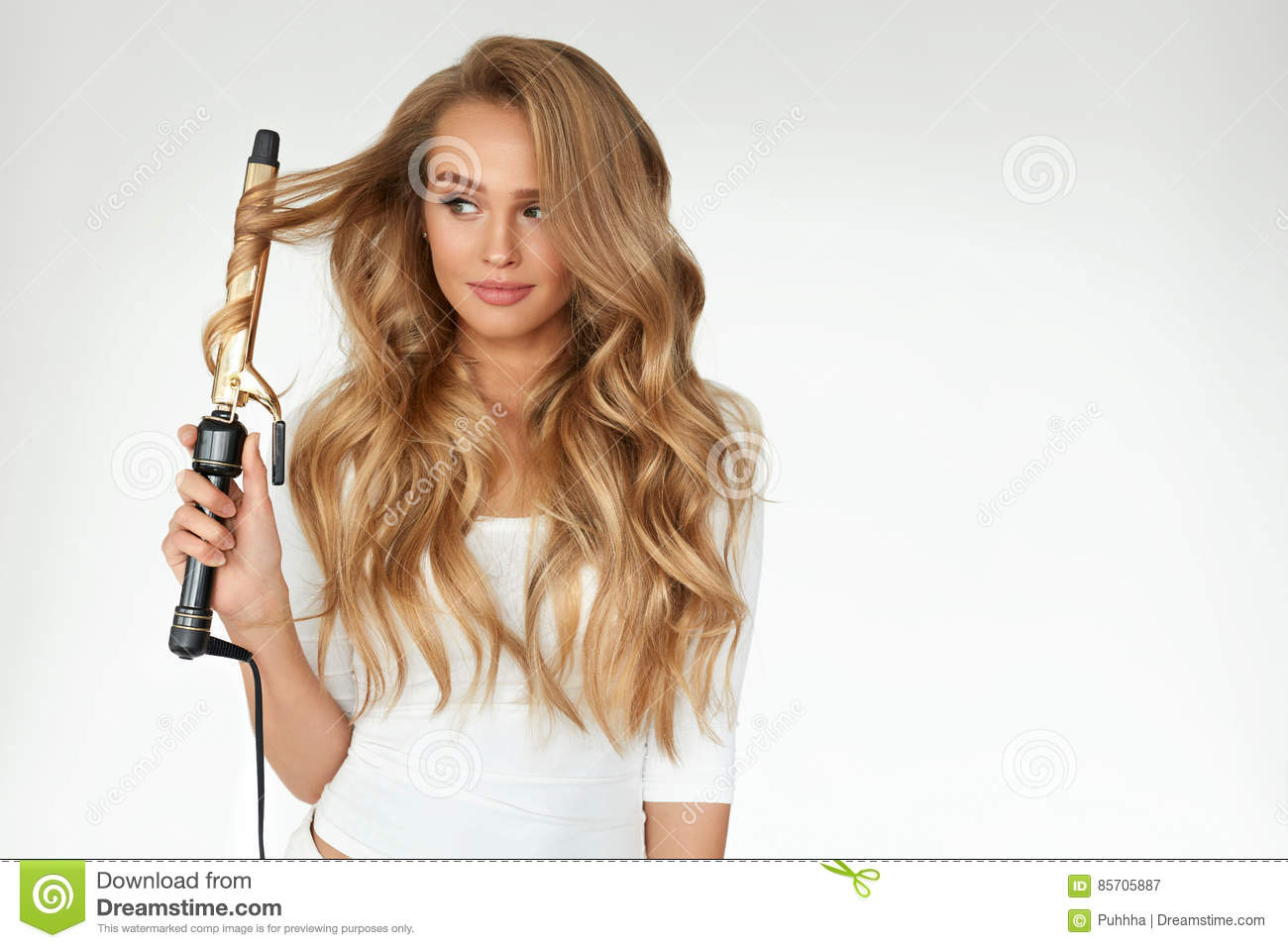 Curly Hair Beautiful Woman Curling Long Wavy Hair With Iron Stock