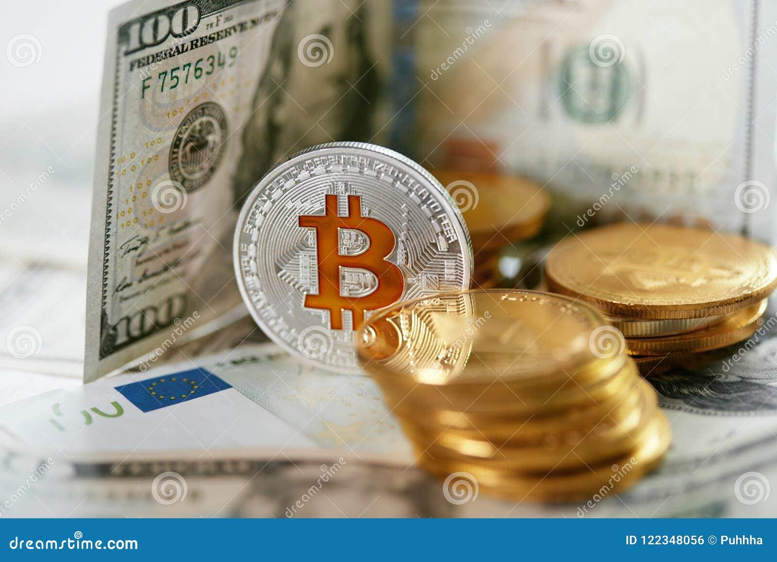 Currencies Ciérrese encima de Bitcoin con efectivo real
