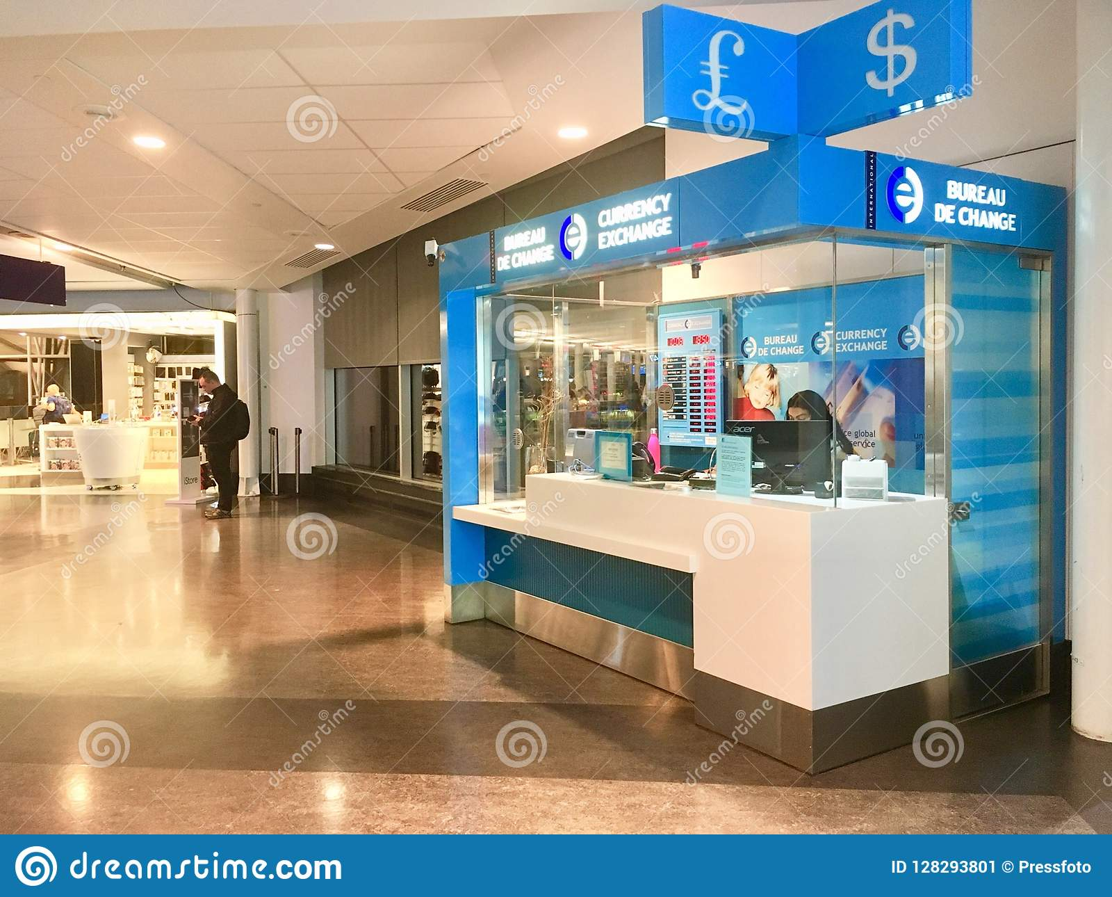 Bureaux De Change Quebec : Currency exchange office editorial photo image of debt
