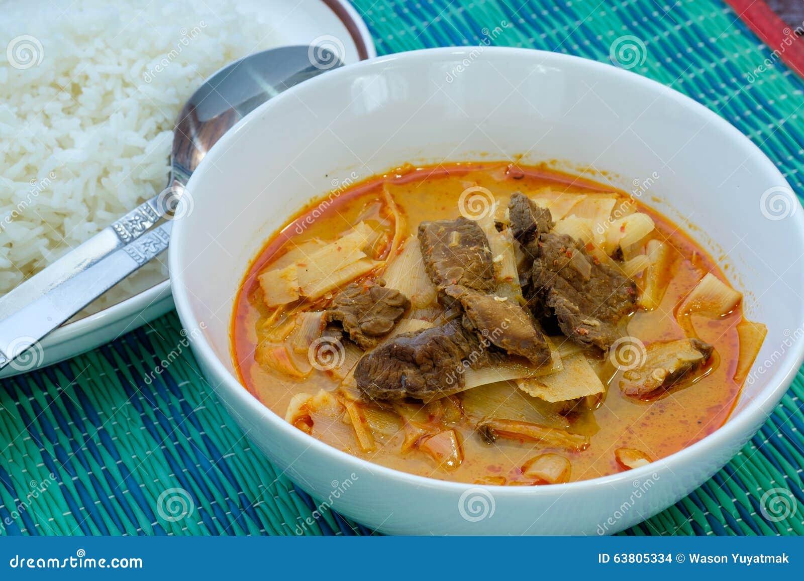 Curry con manzo