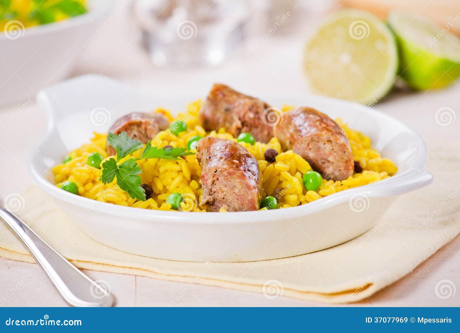 Download Curry Rice I kiełbasy obraz stock. Obraz złożonej z pikantność - 37077969