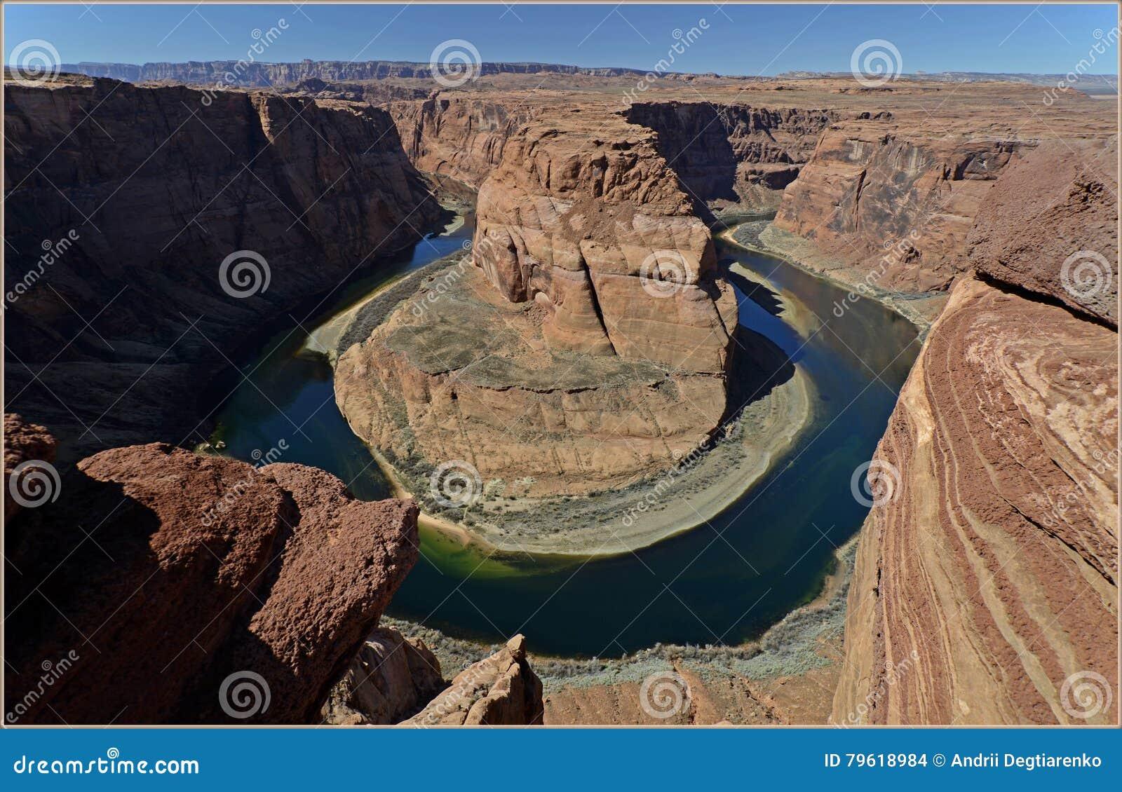 Curvatura em ferradura do Rio Colorado, o Arizona, EUA
